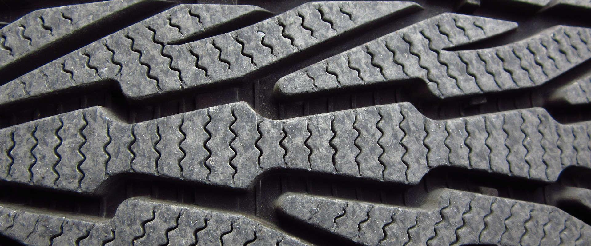 Pneus, achat et installation de pneus
