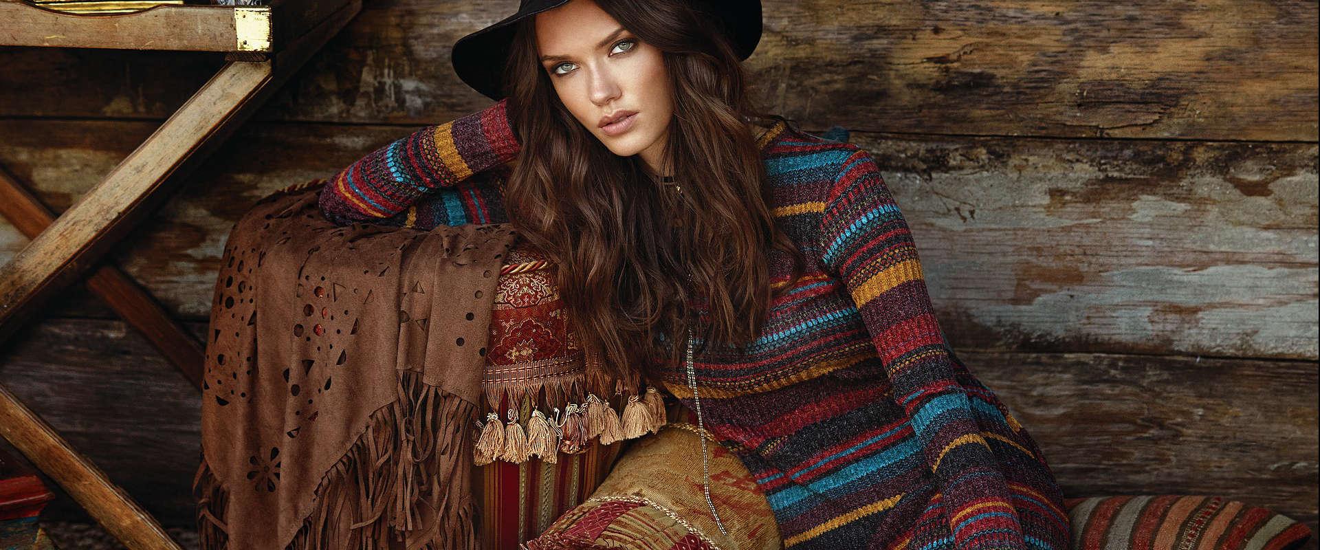 Vêtement pour femme et accessoires de mode